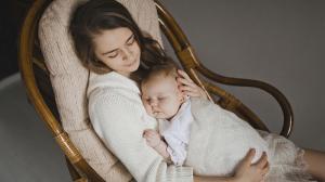 Укачивания ребенка: преимущества и недостатки. Отучение от укачивания.