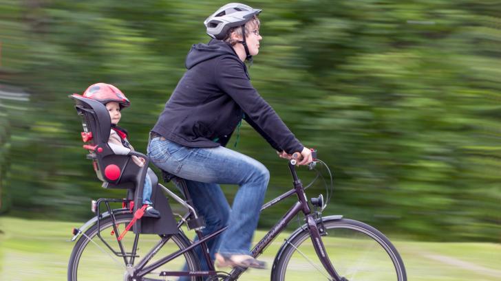 Детское велокресло: выбираем правильно
