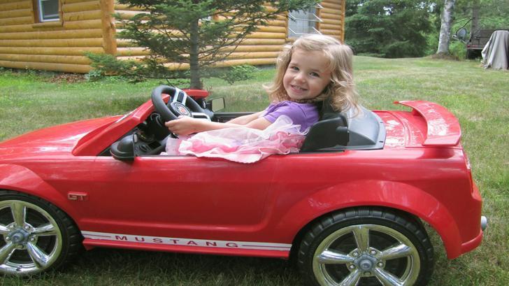 Кукла или автомобиль?