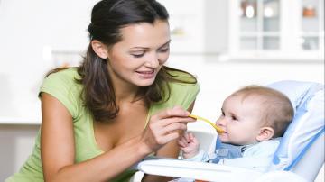 Докорм и прикорм ребенка