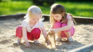 Делаем песочницу во дворе