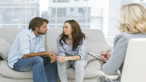 Помощь семейного психолога — кому она необходима?