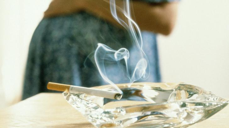 Чем опасно курение во время беременности?